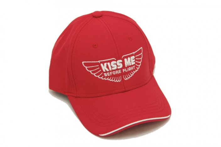 Kappe mit Motiv KISS ME BEFORE FLIGHT